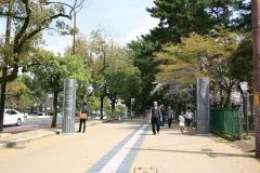 奈良瓦幡(二基一対) ユネスコ世界遺産奈良公園 ゲートモニュメント